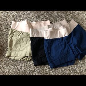 3 pairs of maternity shorts size small